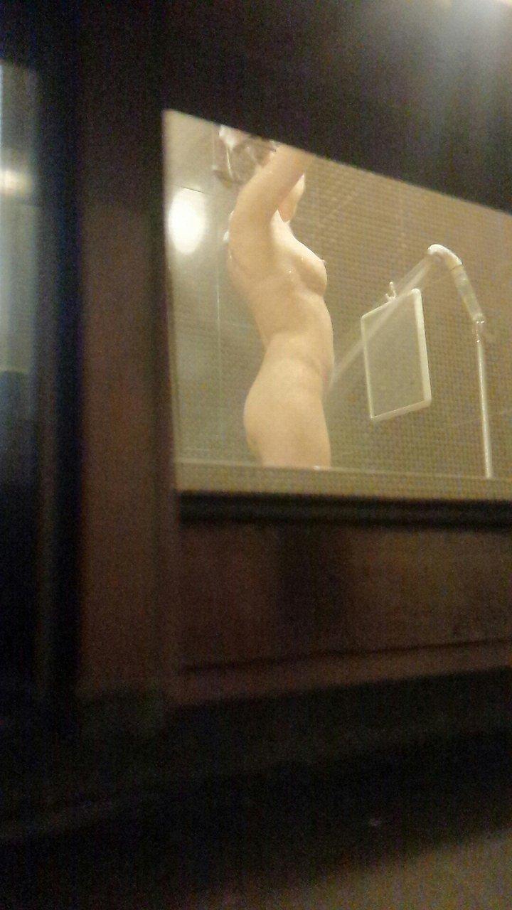 自宅で入浴中の素人さん (6)