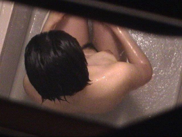 自宅で入浴中の素人さん (2)