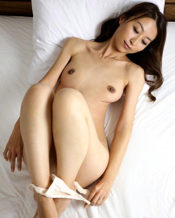 熟女の人妻が肉欲SEX、青木玲 (5)