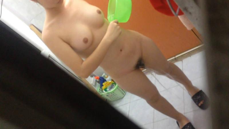 家風呂に入浴してる素人さん (8)