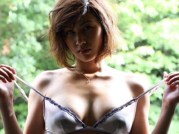 巨乳美女の誘惑SEX、美乃すずめ (2)