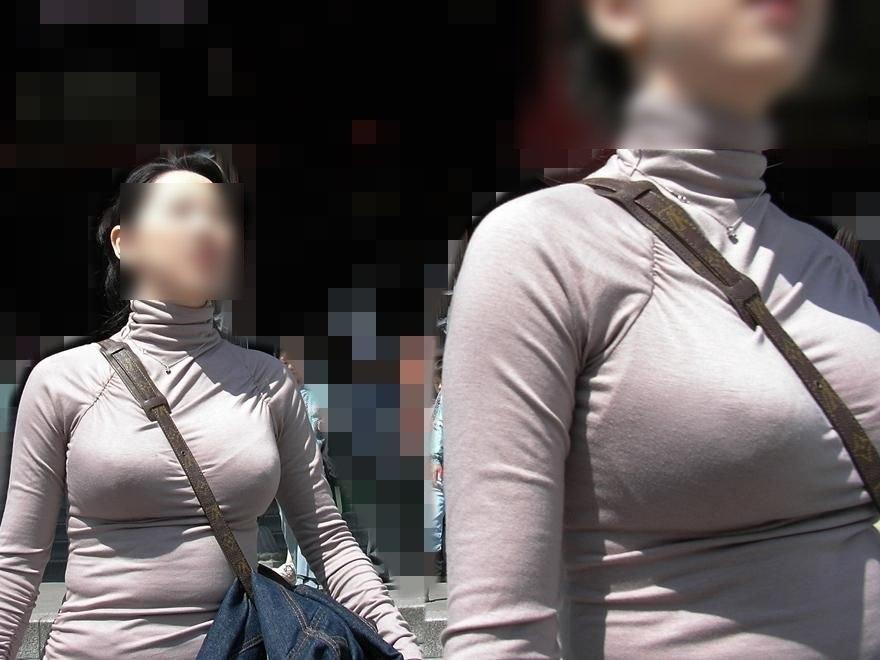 パイスラッシュしてる素人さんの胸元 (10)