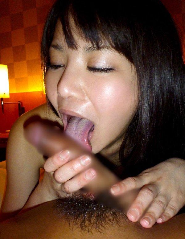 裏筋をペロペロ舐める女性 (10)