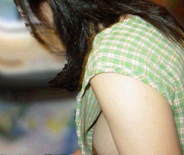 乳首まで見えまくりな素人さん (7)