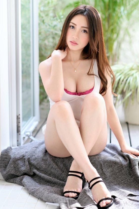 ハーフ女子大生の豪快SEX、霧島レオナ (3)