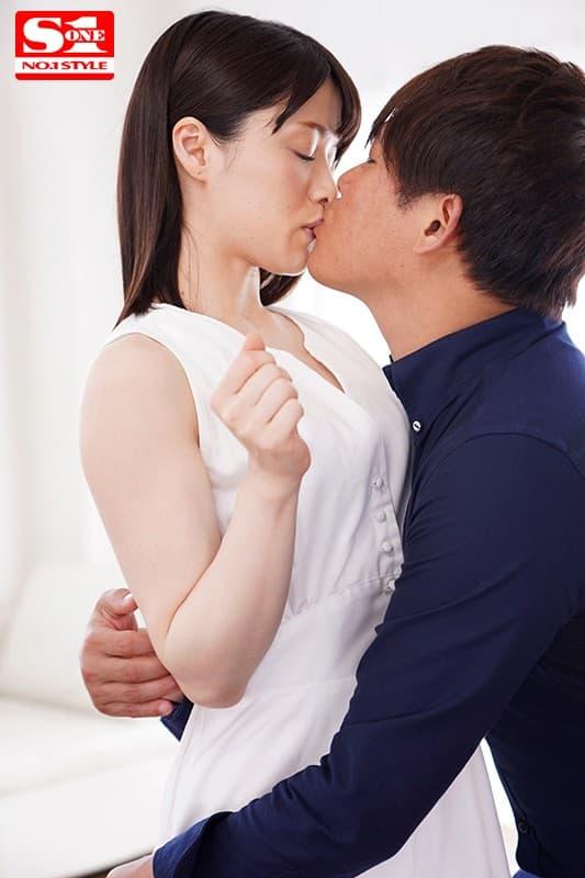 淫乱美女の濃厚SEX、琴井しほり (4)