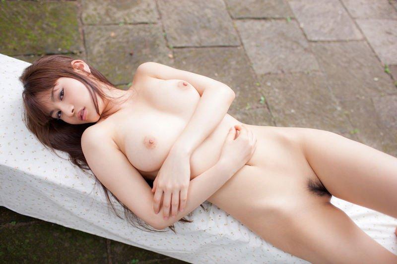 ピンク乳首の美少女ヌード (14)