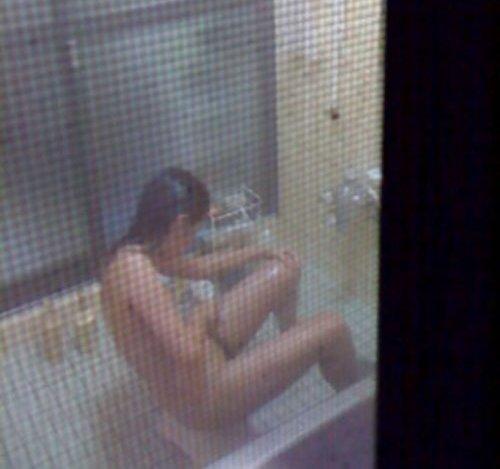 自宅の風呂に入ってる裸の女子 (14)