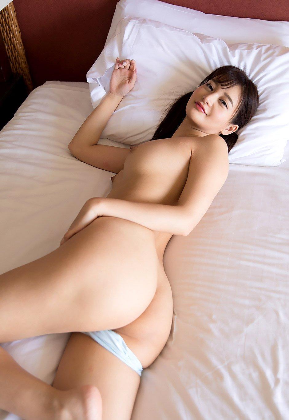 美尻女性のバックショット (7)