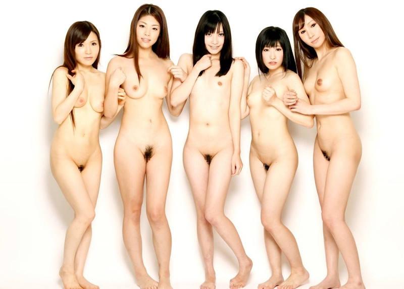 全裸美人の集合写真 (4)
