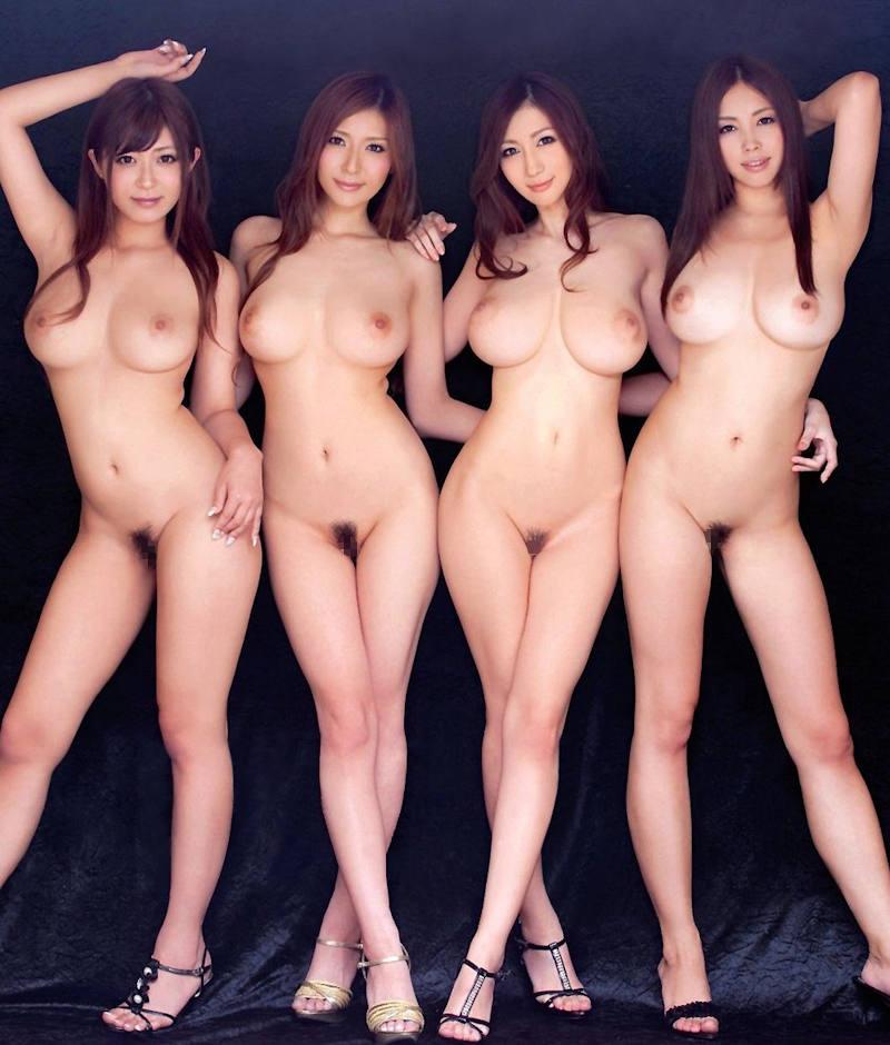 全裸美人の集合写真 (12)