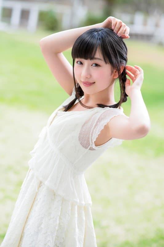 透明感のある美少女が豪快SEX、神坂ひなの (2)