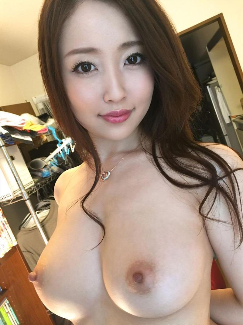 美少女や美女の美乳 (10)