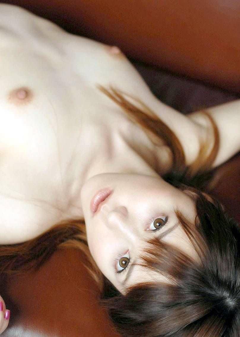 ちっぱいも可愛い美少女 (15)