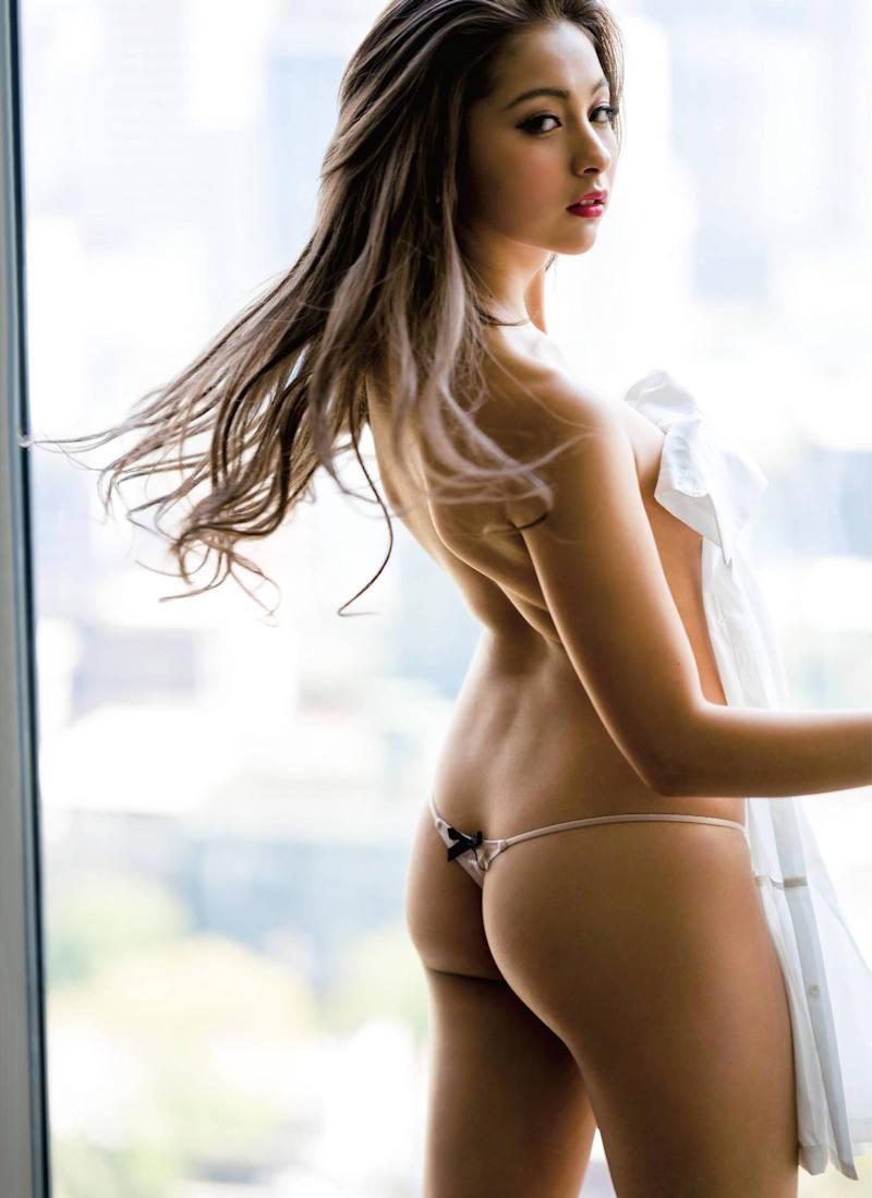 綺麗でセクシーな黒ギャル (20)