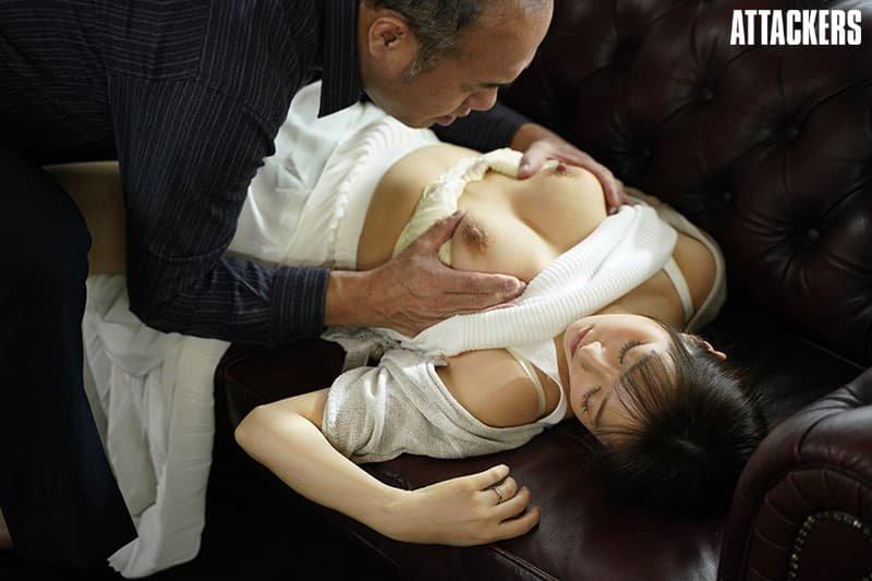 巨乳女子アナの淫乱SEX、流田みな実 (19)