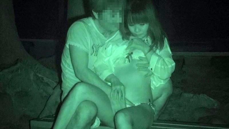 野外でセックス中の素人さん (8)