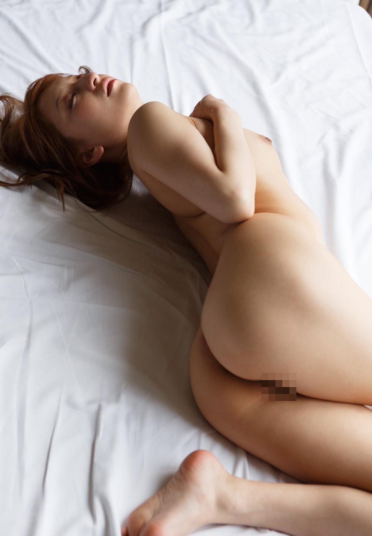 腰から尻にかけてのボディーライン (16)