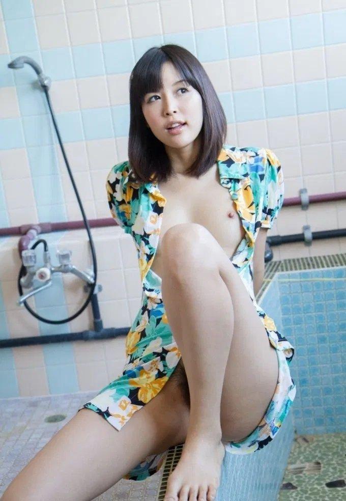 エロカワ美女の淫乱SEX、葵つかさ (4)