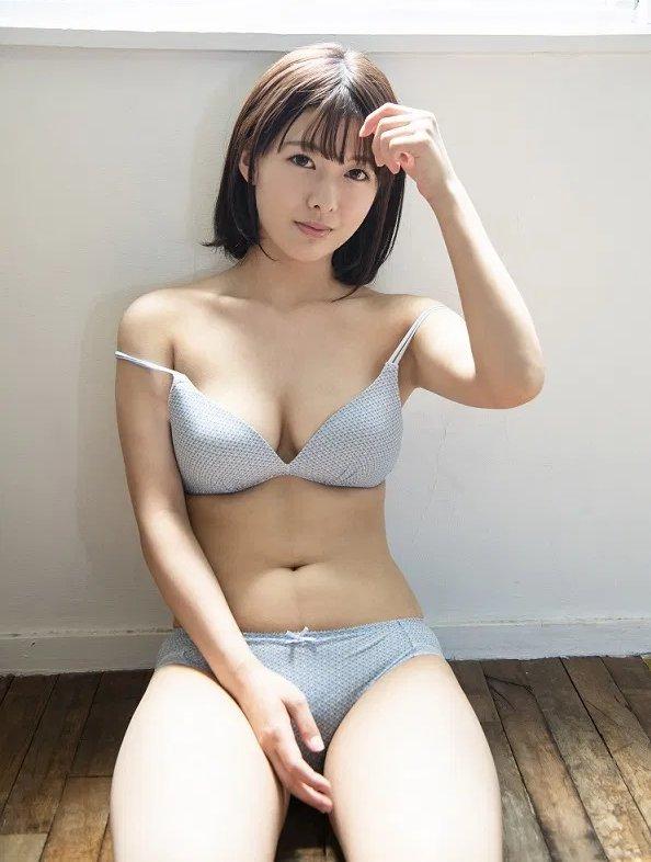 純朴巨乳美少女の恥じらいSEX、小泉ひなた (3)