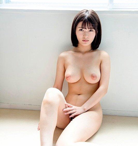 純朴巨乳美少女の恥じらいSEX、小泉ひなた (4)