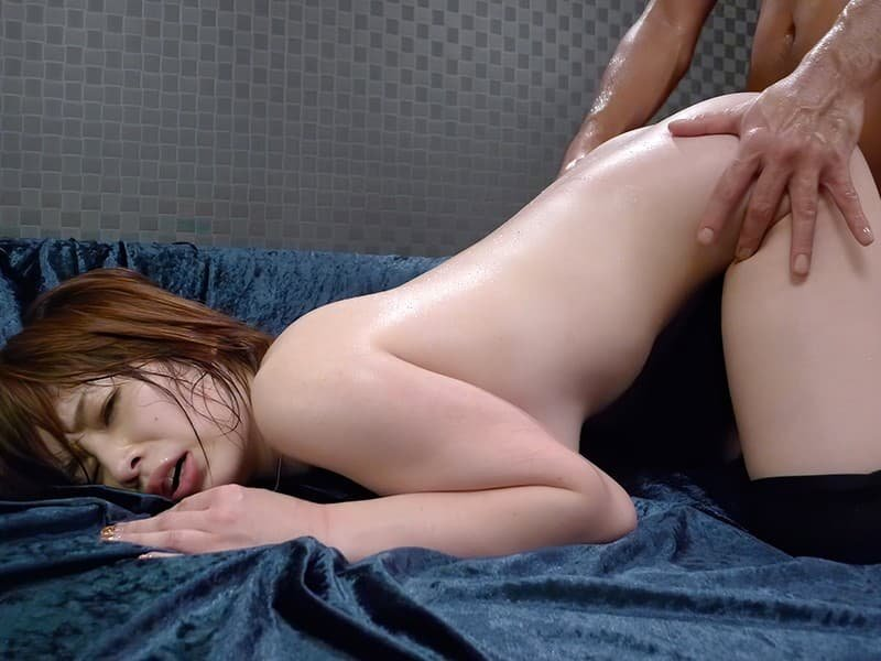 巨乳美女の痴女SEX、奥田咲 (17)