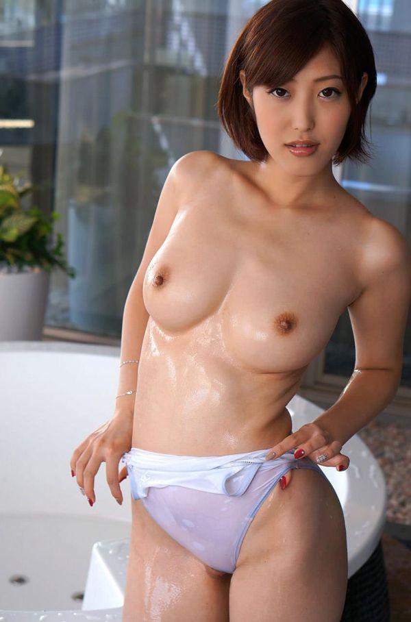 巨乳美女の激しいSEX、水野朝陽 (4)