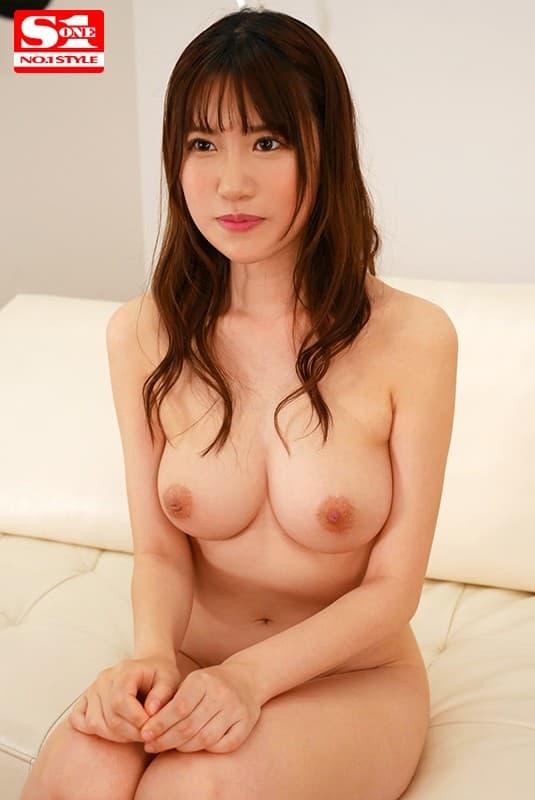高身長巨乳の美少女が豪快SEX、花宮あむ (3)