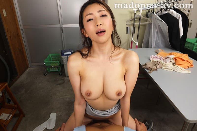 淫乱人妻の欲求不満SEX、妃ひかり (10)