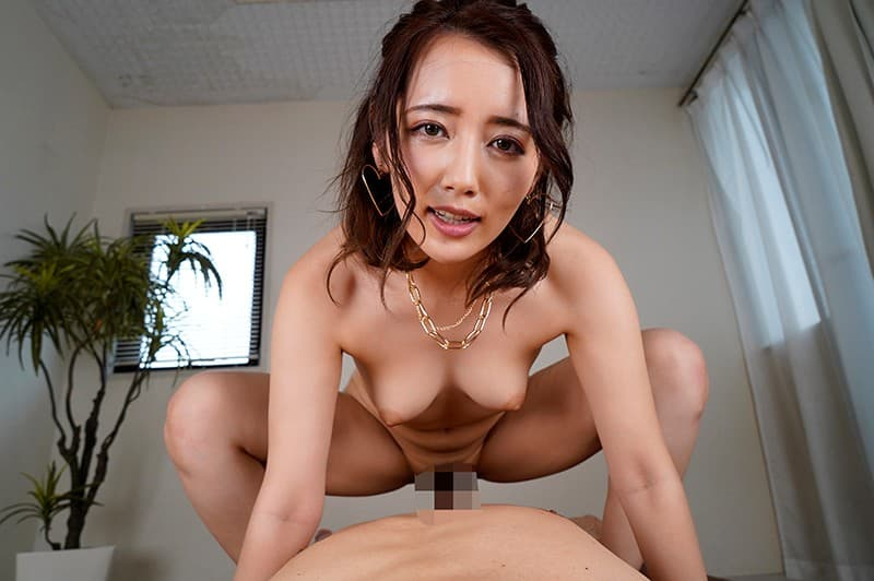 キュートな美女の騎乗位SEX、美咲かんな (18)