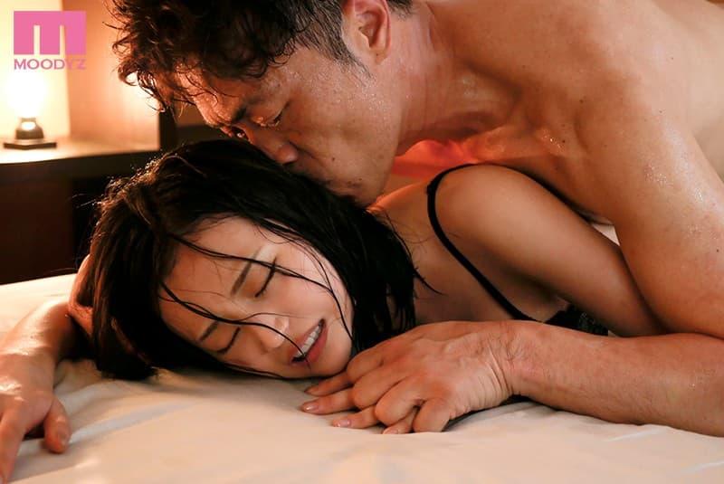 巨乳美女の豪快SEX、三咲美憂 (10)