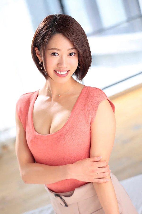 元女子アナの豪快SEX、竹内有紀 (2)