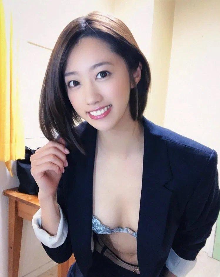 元女子アナの豪快SEX、竹内有紀 (3)