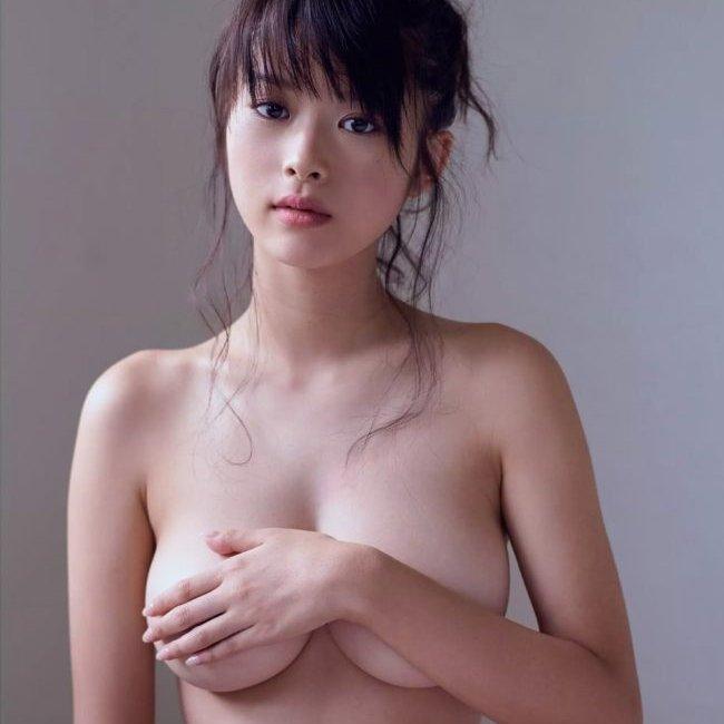 巨乳美人なモグラ女子、馬場ふみか (1)
