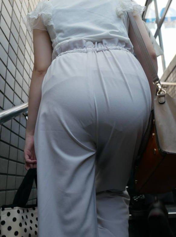 透けパンしてるお尻 (12)