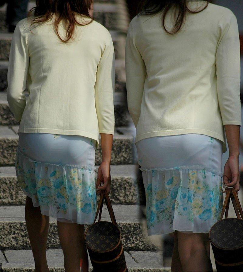 透けパンしてるタイトスカート姿の女性 (6)
