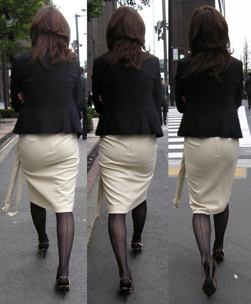 透けパンしてるタイトスカート姿の女性 (10)