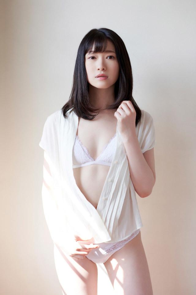 モデル系美女のトランスSEX、結城るみな (3)