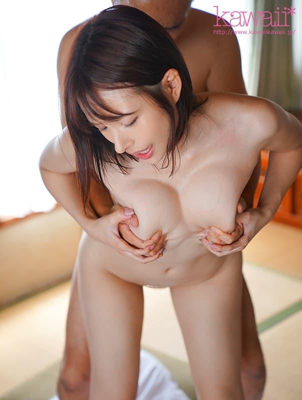 巨乳クビレ美女の豪快SEX、伊藤舞雪 (20)