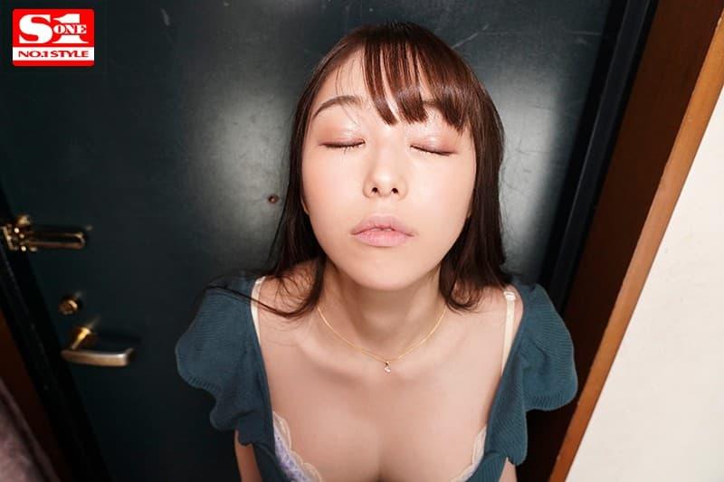 スレンダー美少女の痴女SEX、新名あみん (10)