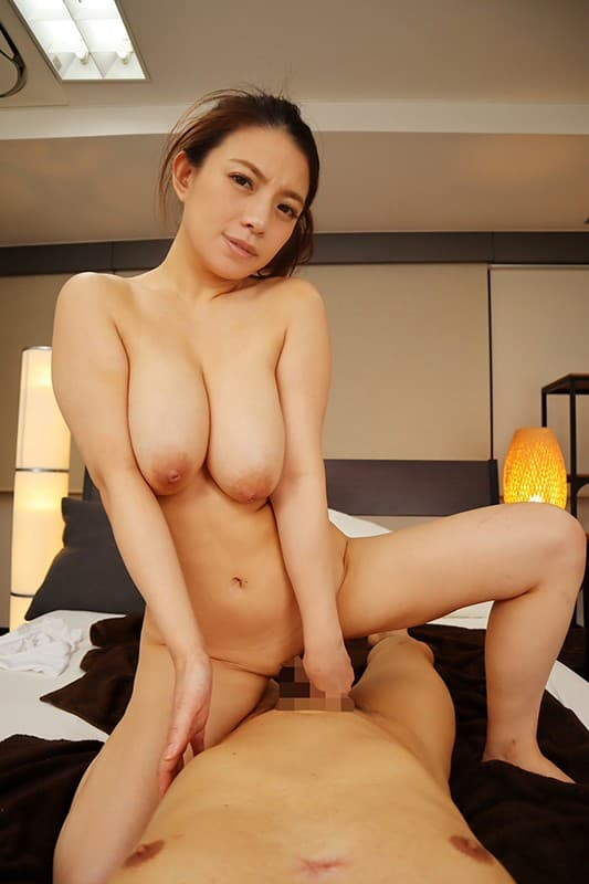 巨乳人妻の妖艶SEX、織田真子 (18)