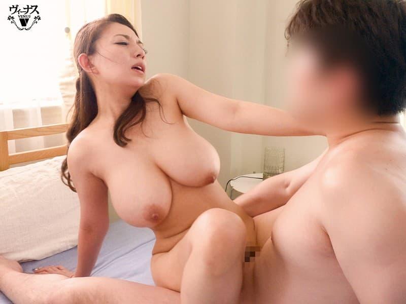 巨乳人妻の妖艶SEX、織田真子 (16)