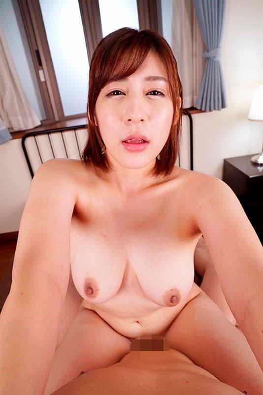 爆乳美女の豪快SEX、音海里奈 (18)