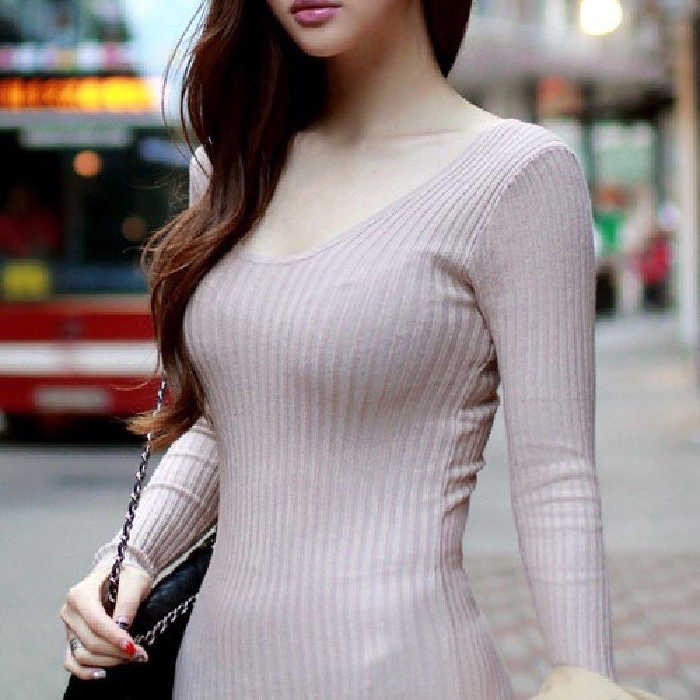着衣巨乳が目立ちまくる素人女子 (13)