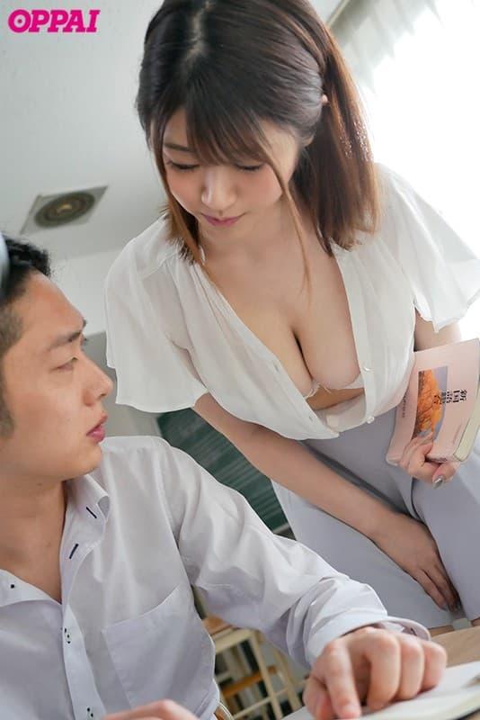 巨乳美少女の激しいSEX、川村晴 (11)