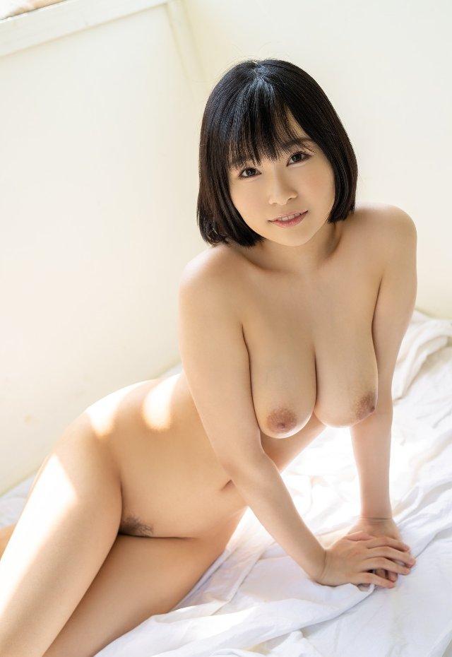 スレンダー美巨乳の美女 (6)