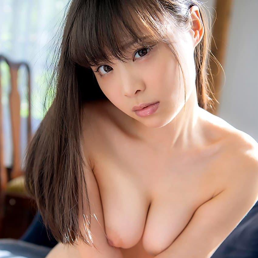 【吉岡ひより】人懐っこそうな妹系美少女が激しく腰を振り痙攣セックス