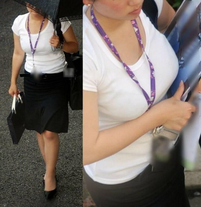着衣巨乳に視線が集まる素人女子 (9)