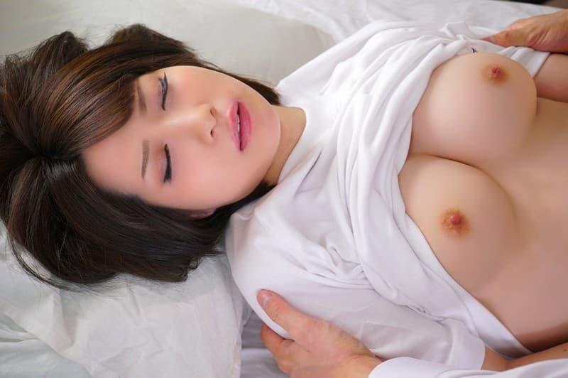 ミニマム巨乳の美女が豪快SEX、来まえび (12)