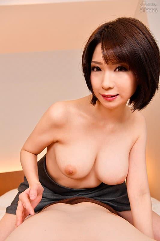 ミニマム巨乳の美女が豪快SEX、来まえび (16)